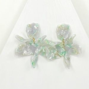 LELE SADOUGHI | Small Paper Lily Earrings in Mint